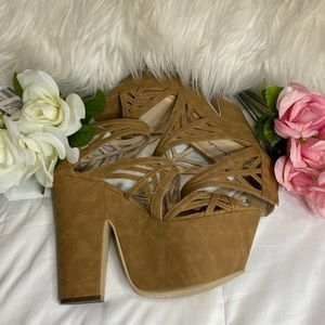 ✨NEW✨ Micheal Antonio Studio Wedges 👡
